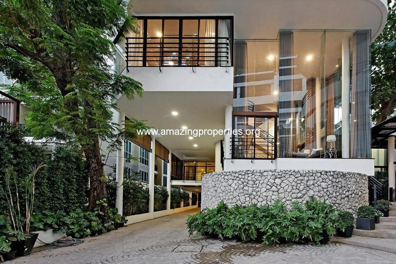 Luxury 3 bedroom House at Levara Residence