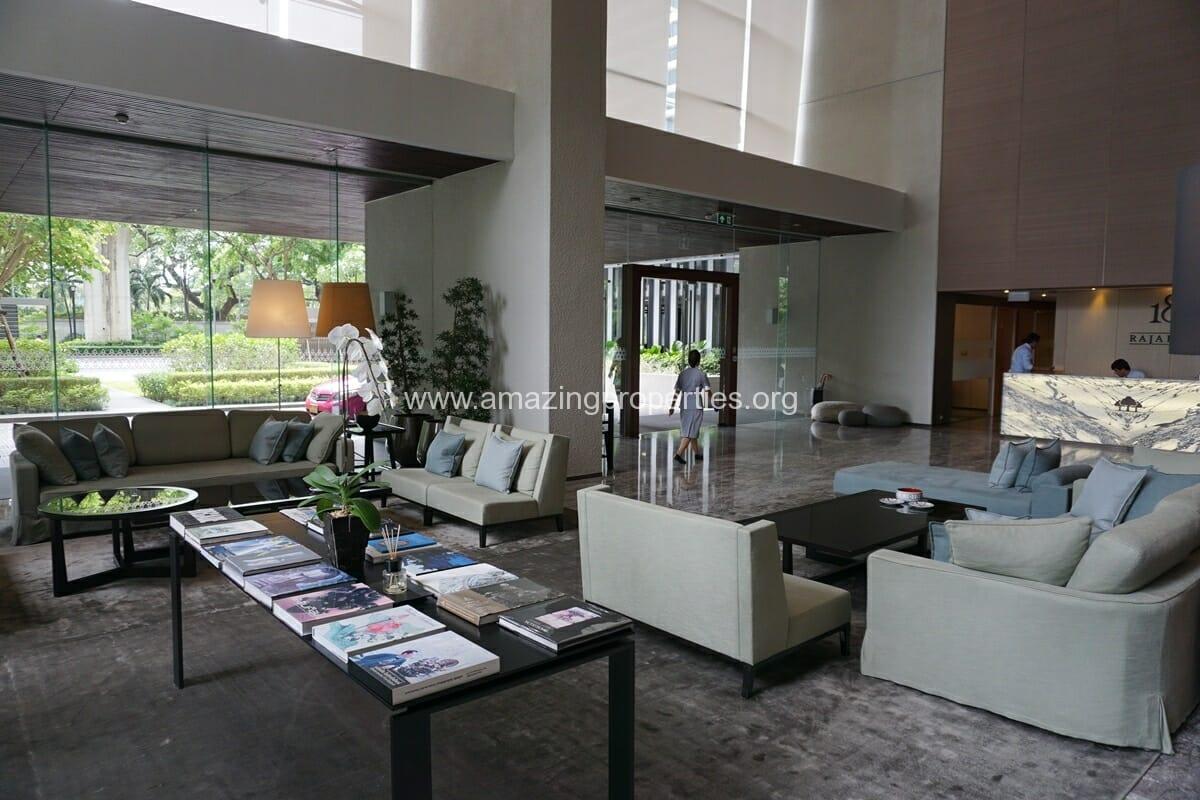 185 Rajdamri 2 bedroom condo for Rent (28)