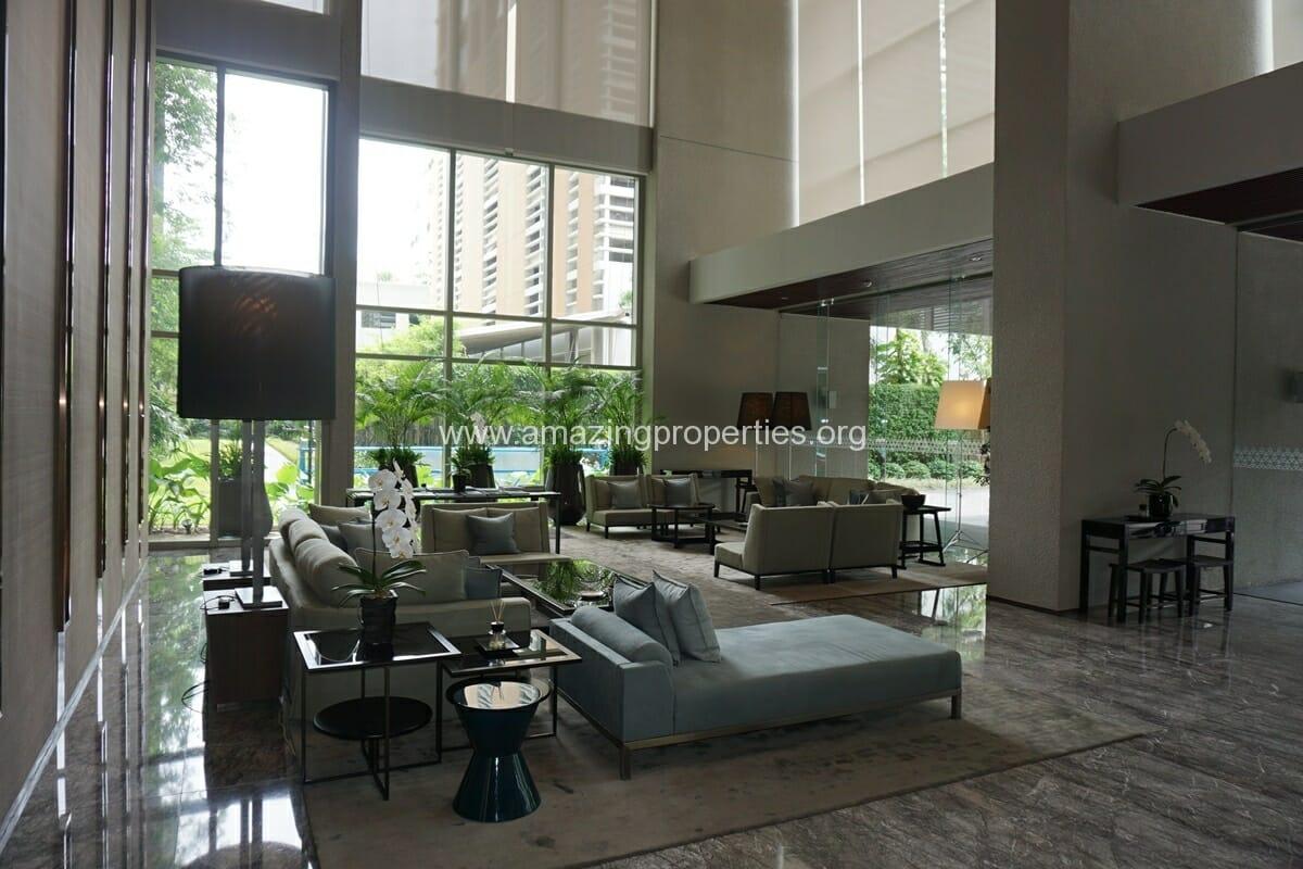185 Rajdamri 2 bedroom condo for Rent (30)