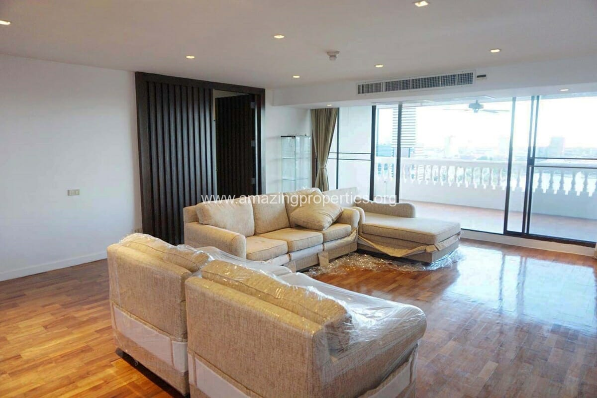 4 bedroom apartment bangkapi mansion 21 amazing properties for Four bedroom apartments