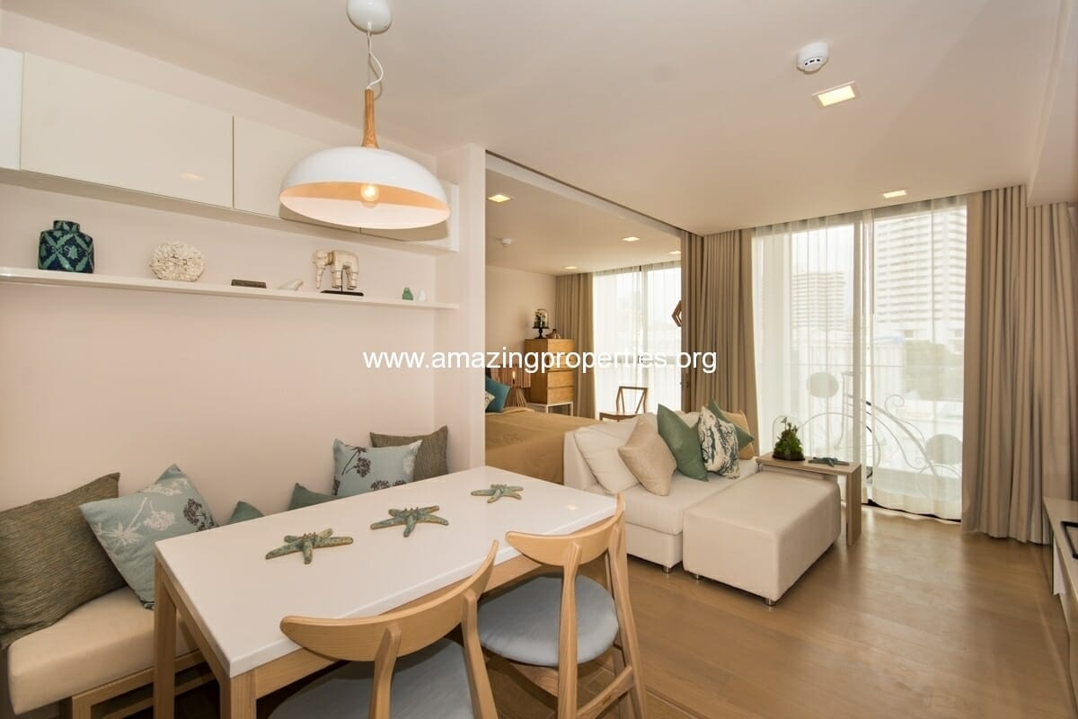 1 bedroom condo Liv @ 49-1