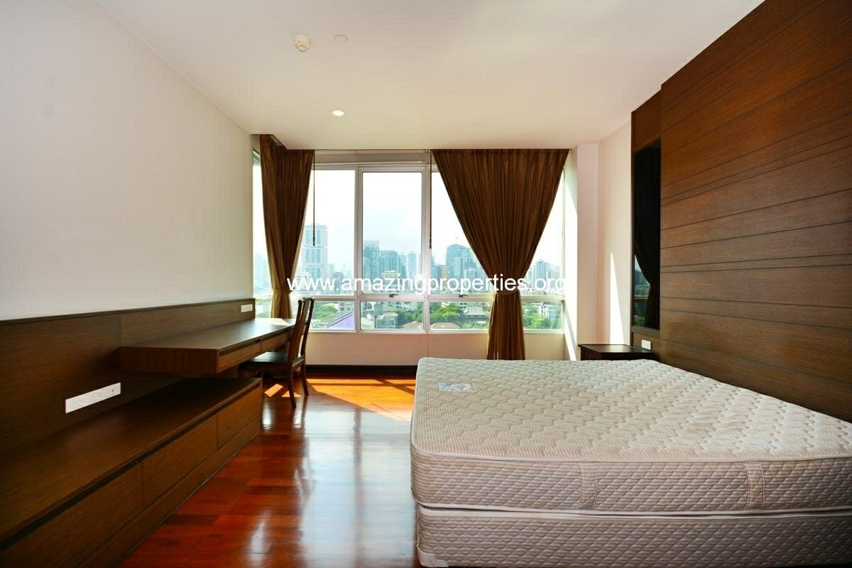 Vasu The Residence Thonglor