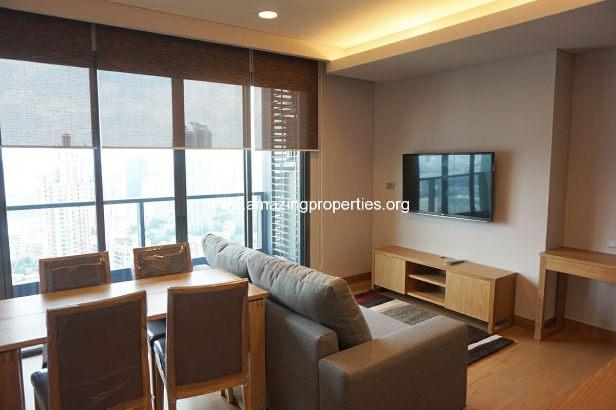 2 Bedroom condo in The Lumpini 24