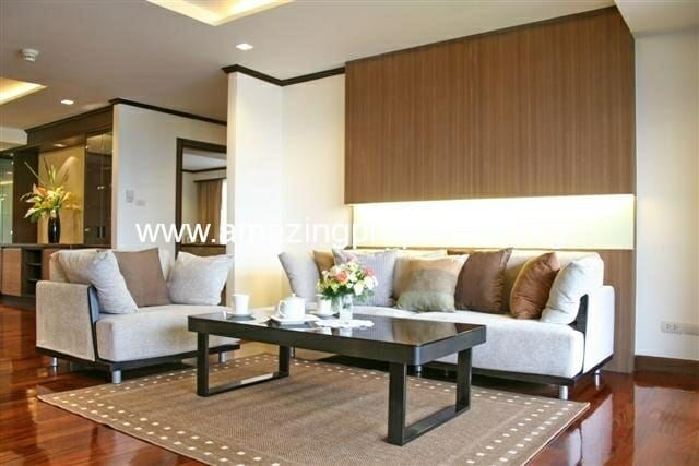 3 bedroom Apartment Mayfair Garden
