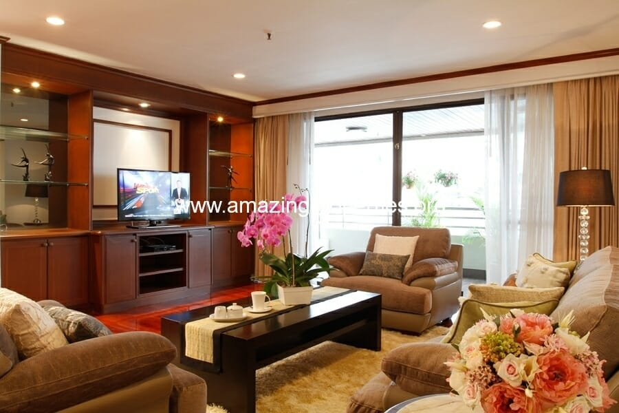 3+1 Bedroom Apartment in Asoke
