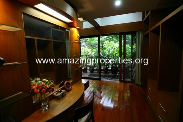 4 Bedroom House Phrom Phong-22
