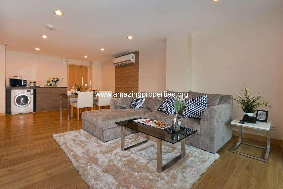 1 bedroom Apartment at Ploenruedee Residence