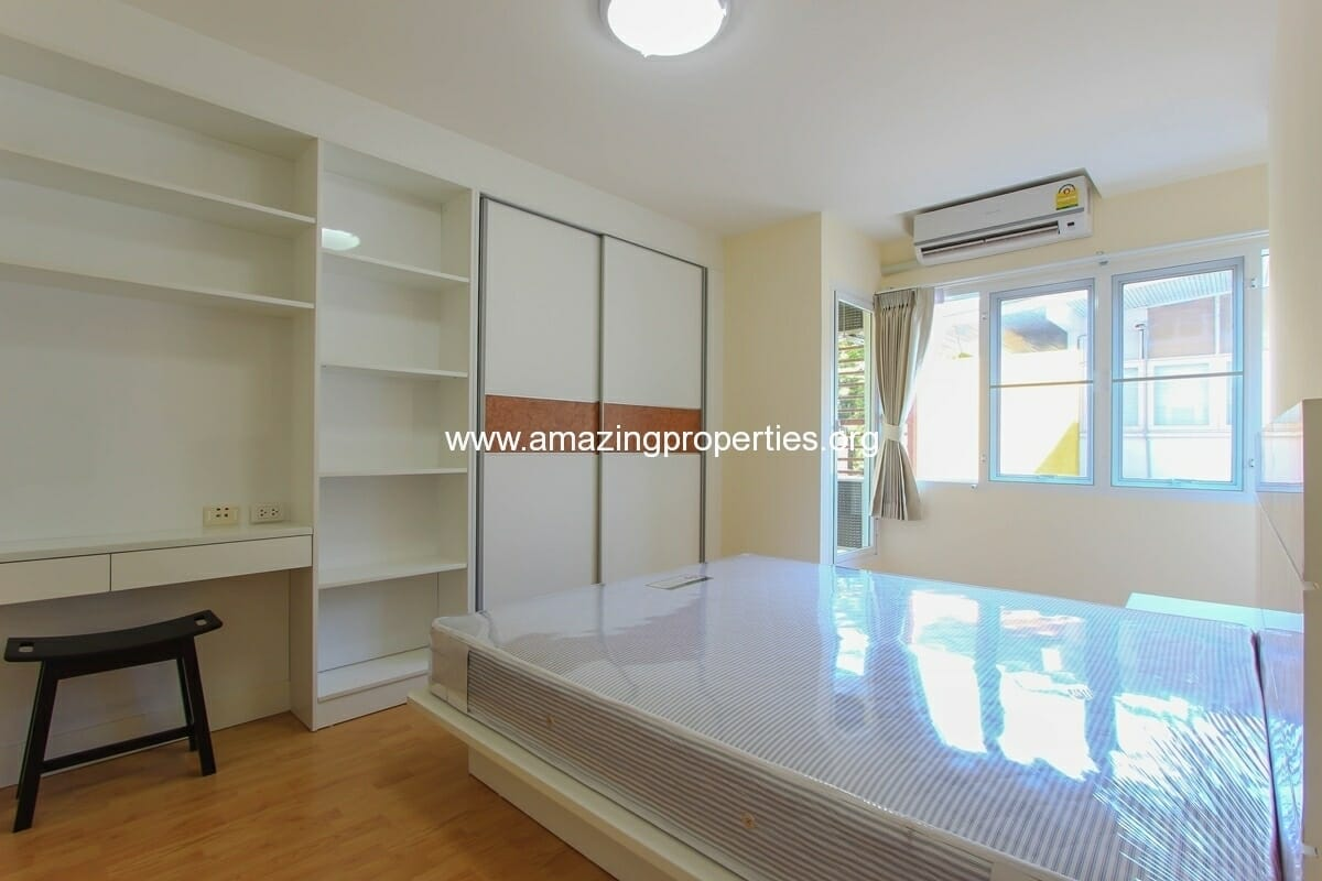 Charming Resident 2 Bedroom Apartment Ekkamai For Rent 5 Amazing Properties