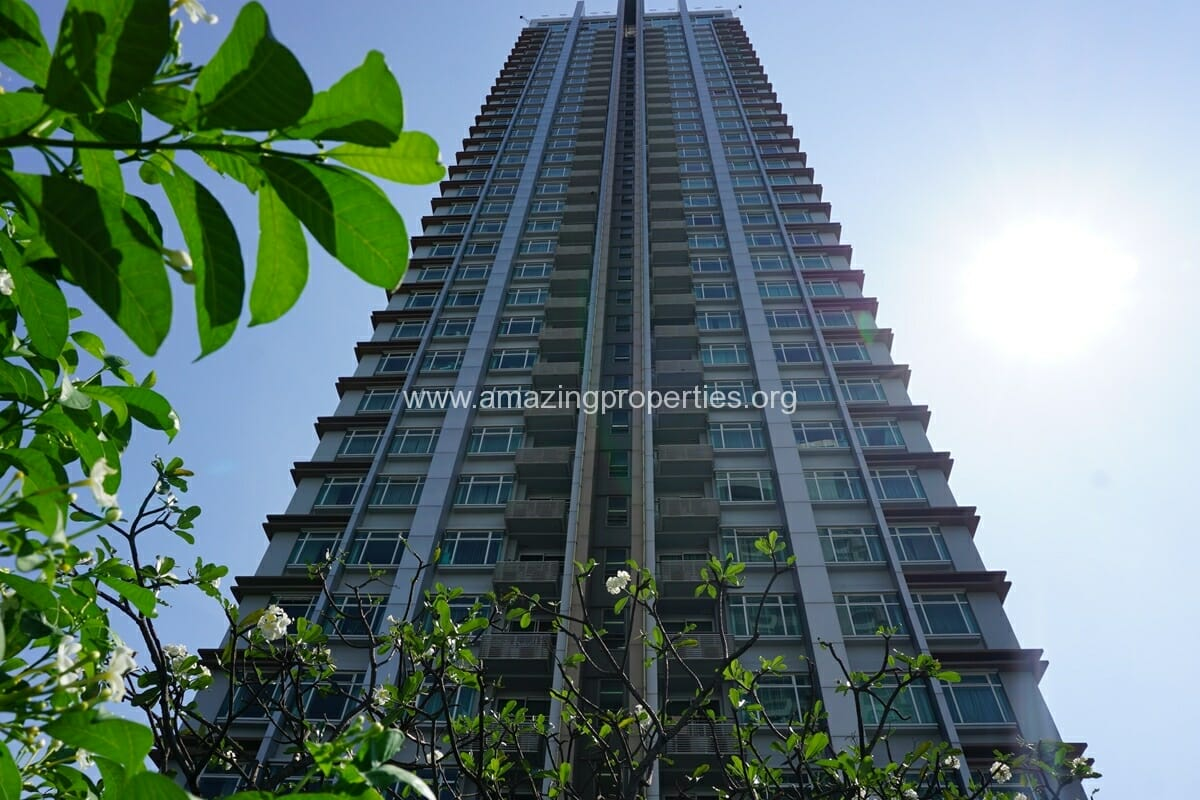 Circle Condominium Petchaburi Road (11)