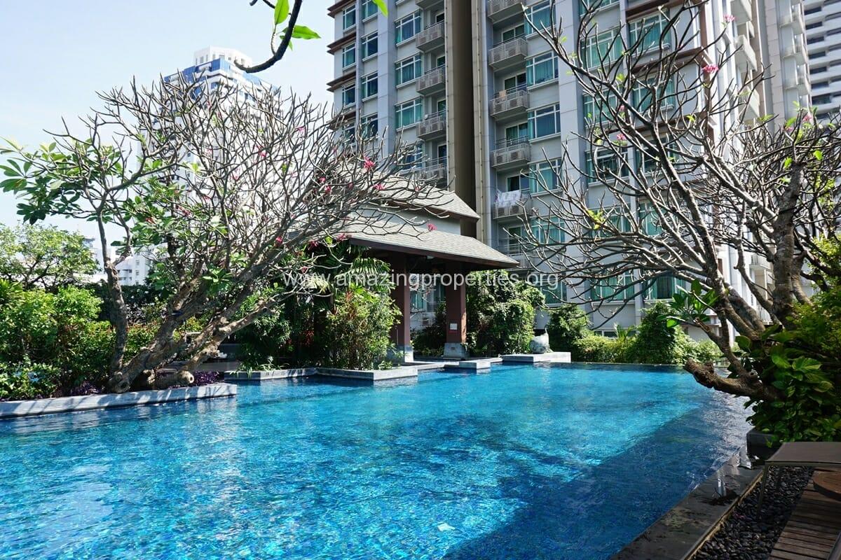 Circle Condominium Petchaburi Road (15)
