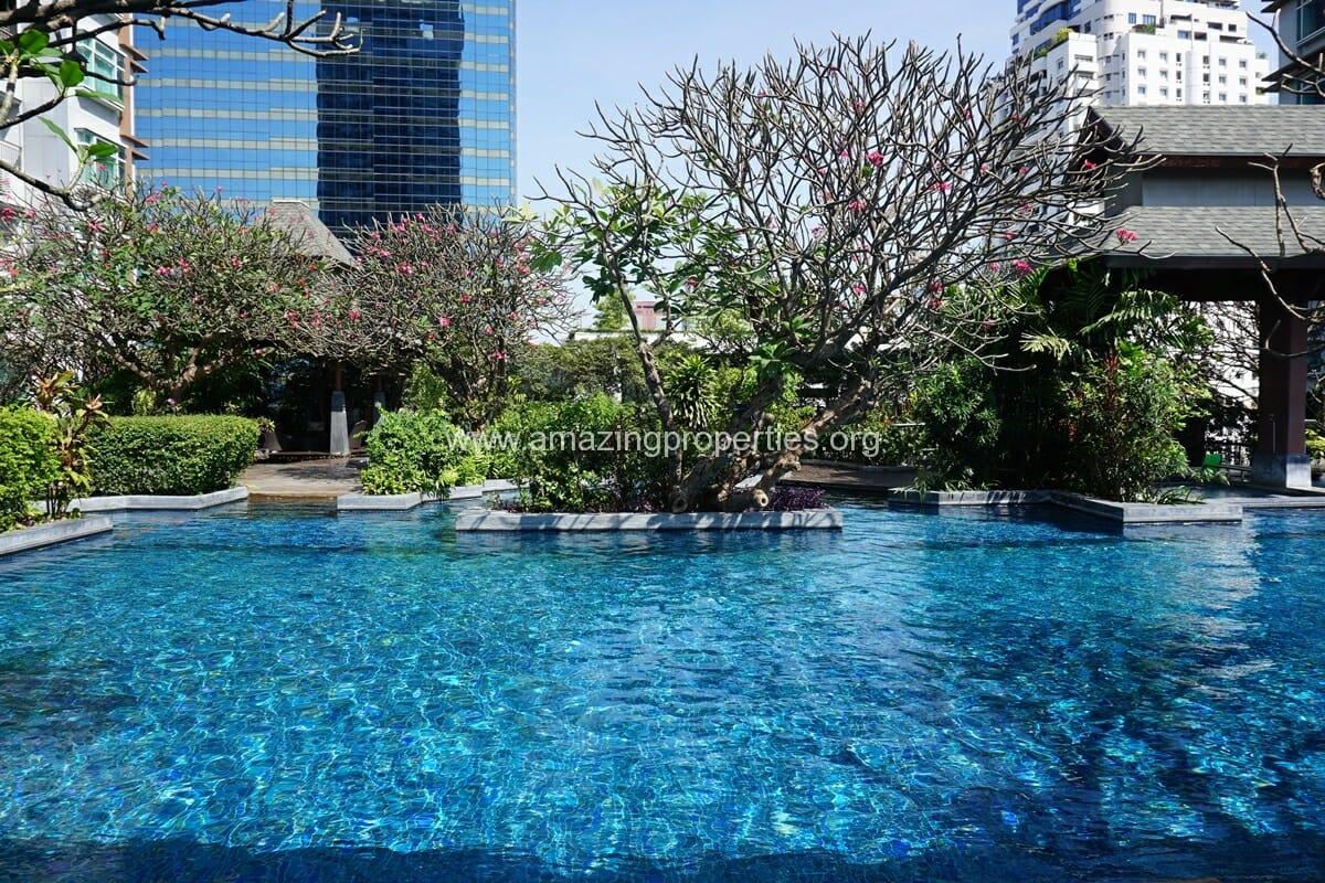 Circle Condominium Petchaburi Road (18)