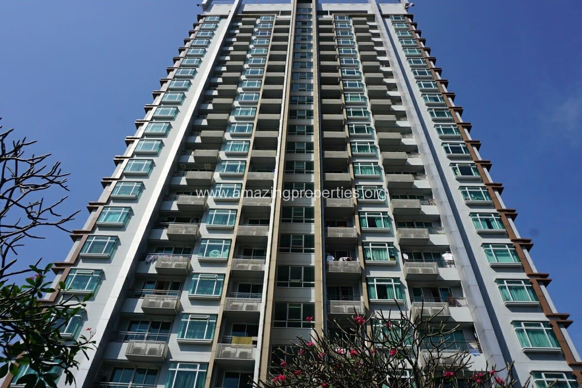 Circle Condominium Petchaburi Road (28)