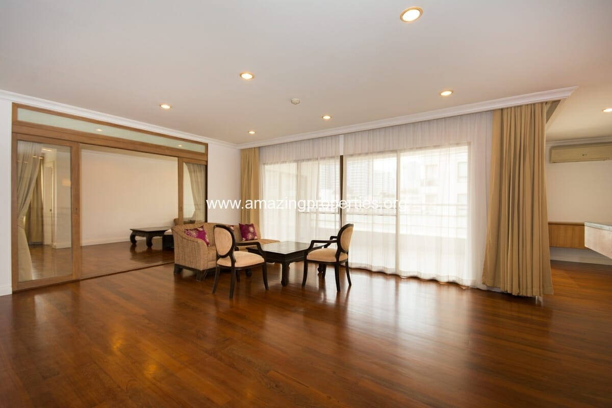 Duplex 3 bedroom apartment in phrom phong amazing properties for 3 bedrooms apartments for rent