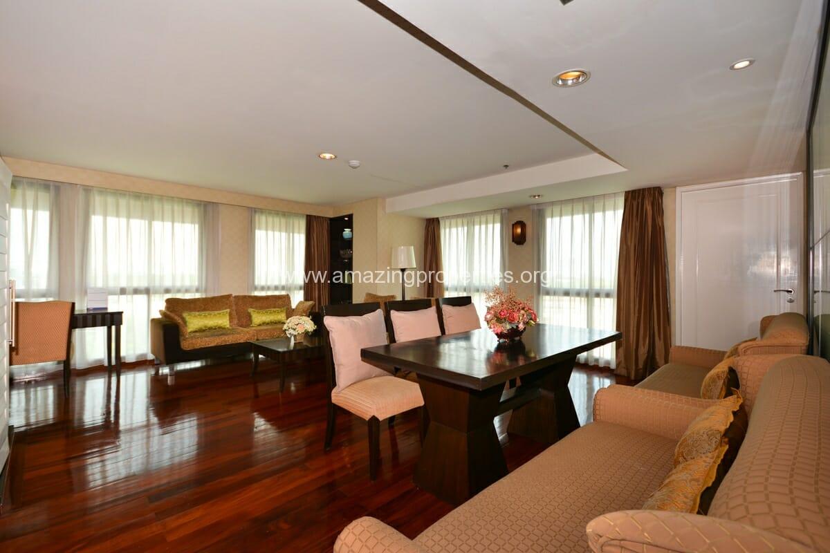 GardenGrove Suites 3 Bedroom Apartment Asoke-1