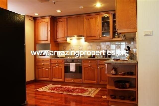 Kitchen 2 (Small)