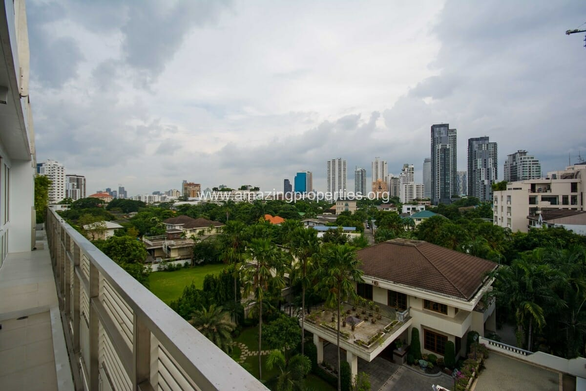 La Citta Penthouse 3 Bedroom Condo-12