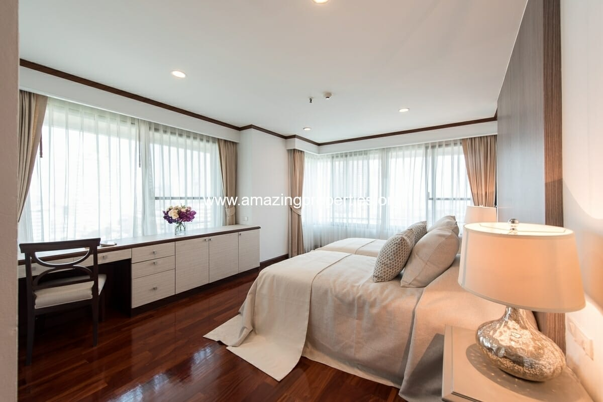 MayFair Garden 3+1 Bedroom Apartment-13