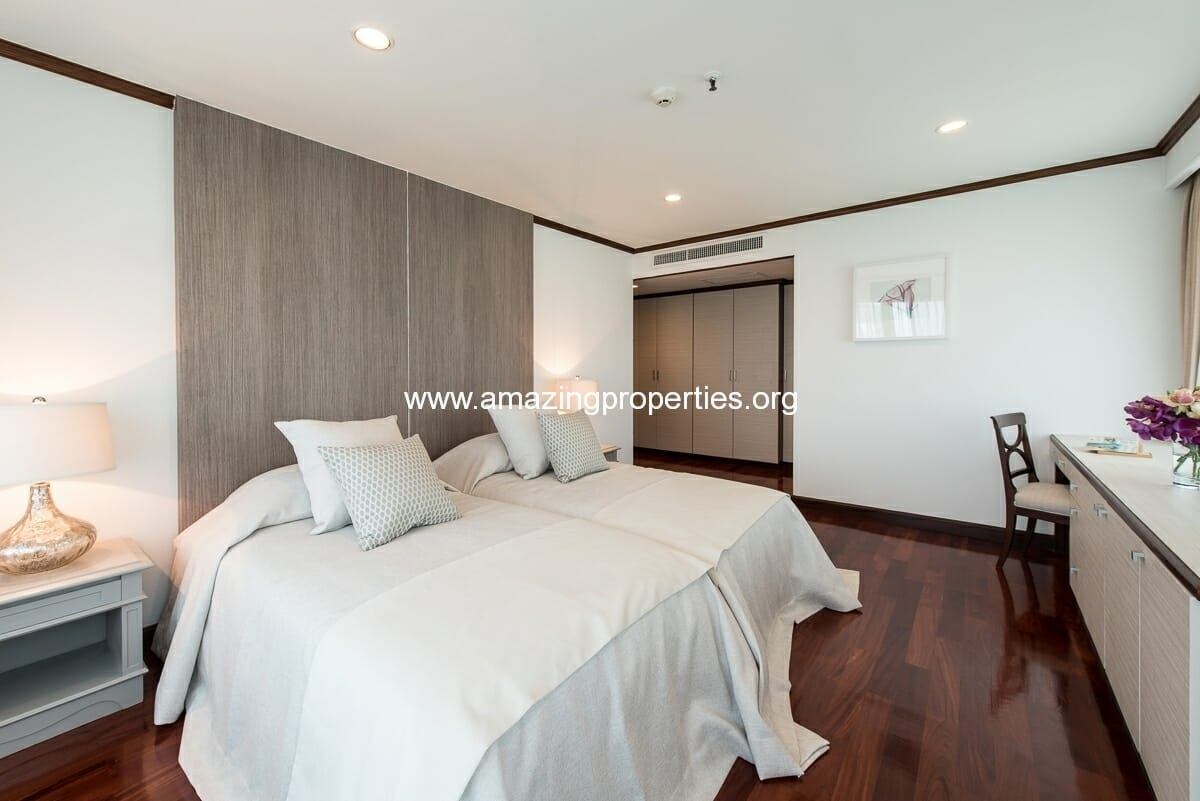 MayFair Garden 3+1 Bedroom Apartment-14