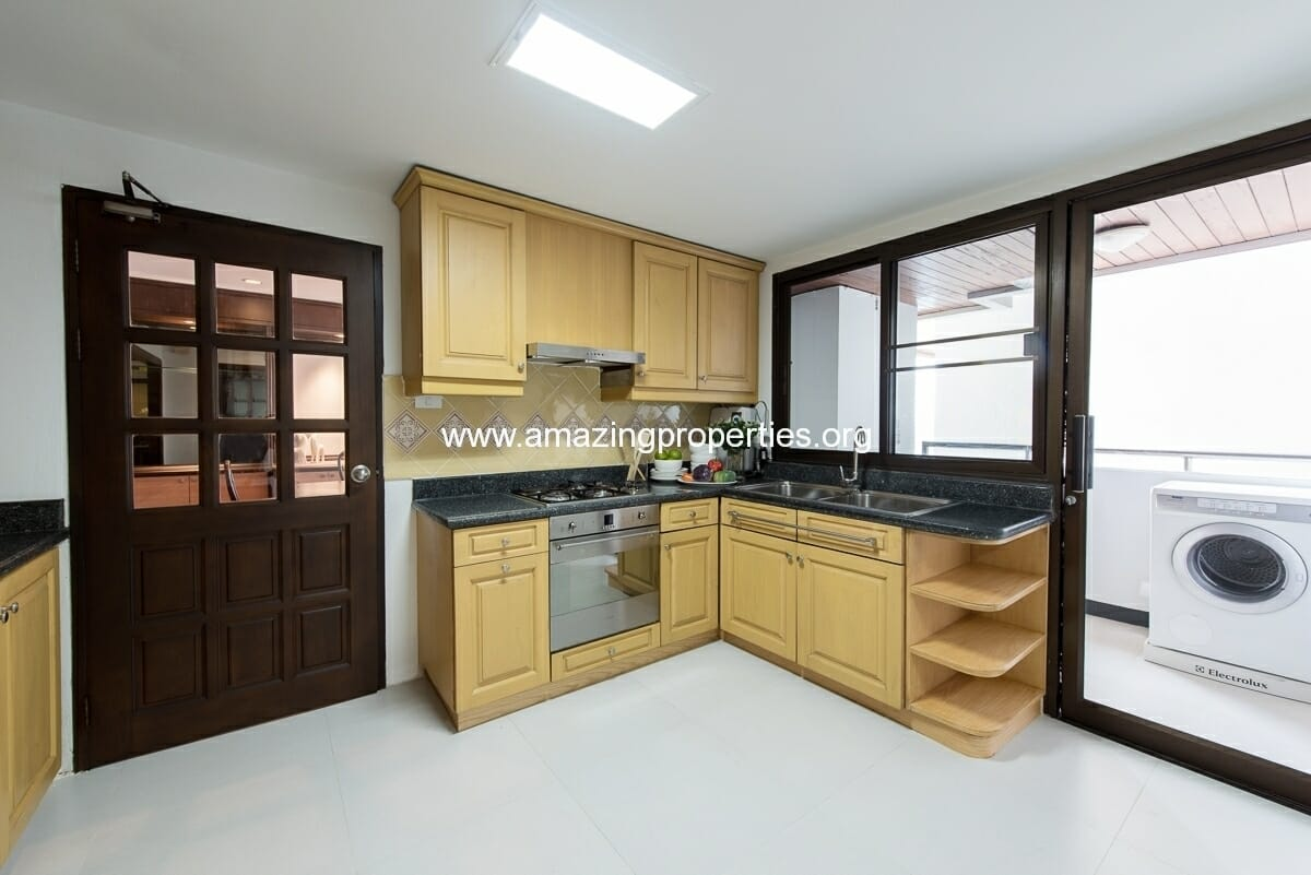 MayFair Garden 3+1 Bedroom Apartment-34