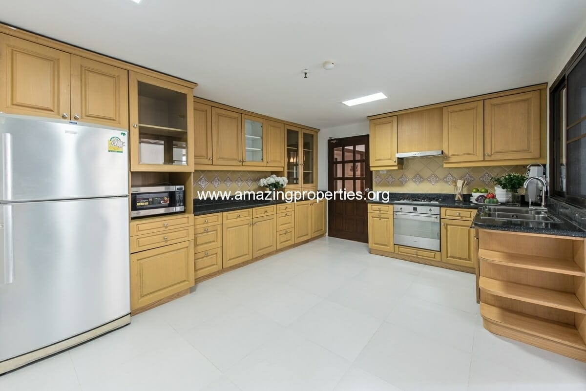MayFair Garden 3+1 Bedroom Apartment-35