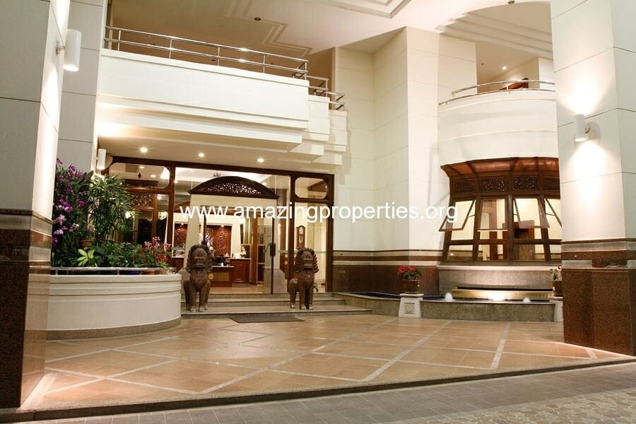 Mayfair Garden Apartment Asoke-3
