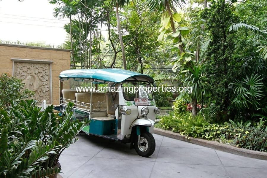 Mayfair Garden Apartment Asoke-8