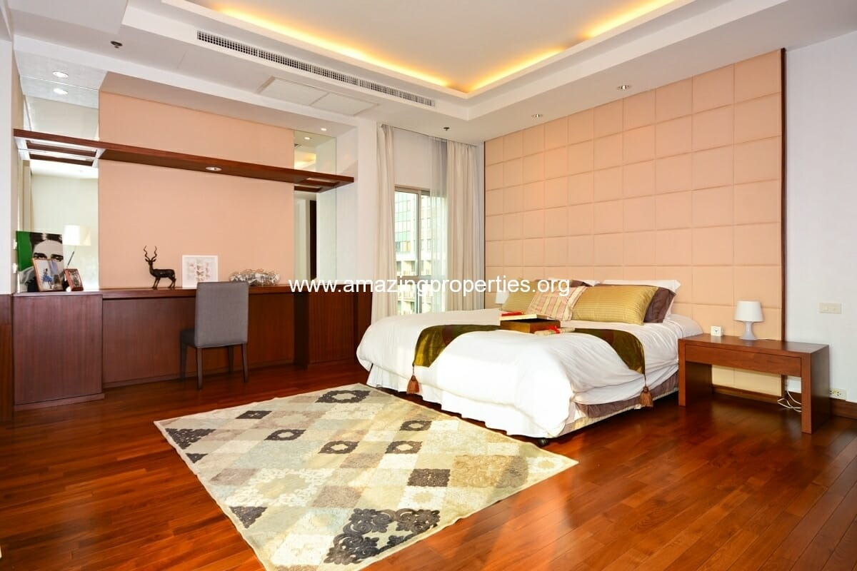 Royal Residence Park 3 bedroom-10
