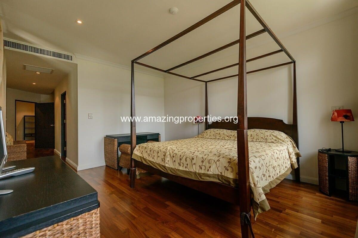 The Cadogan 3 bedroom condo-6