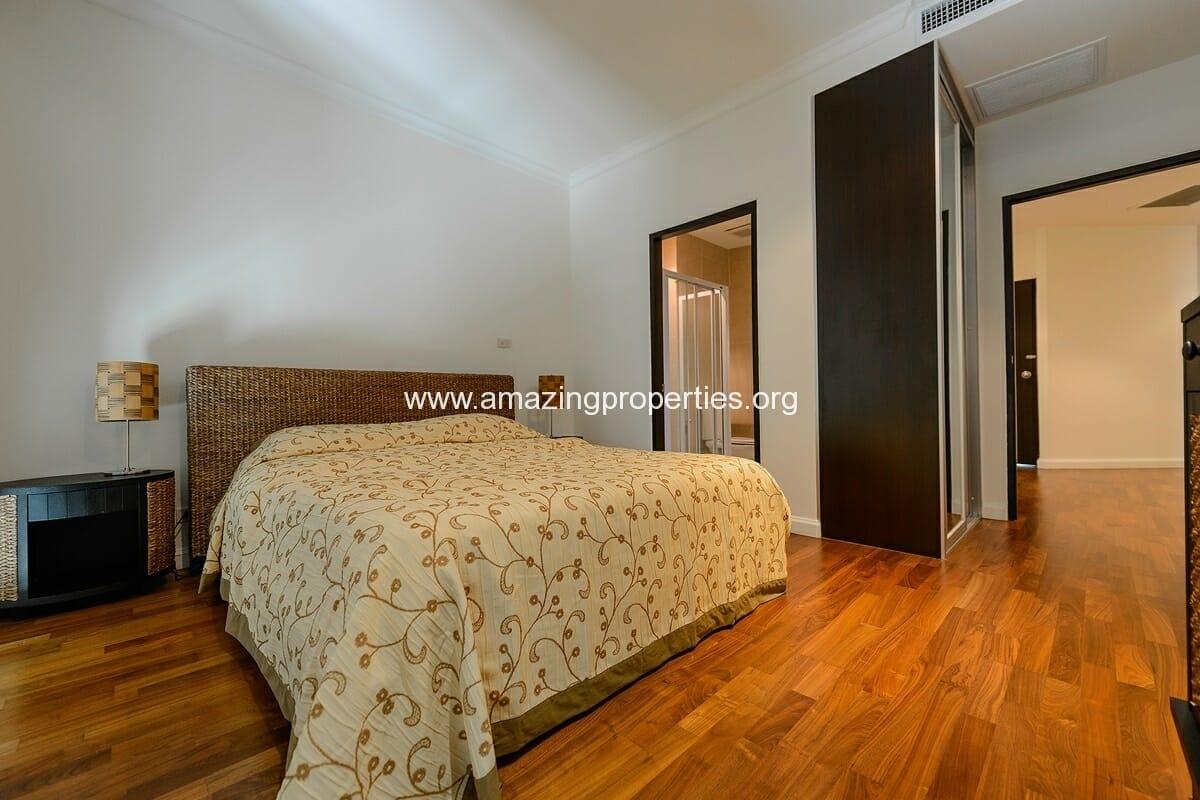 The Cadogan 3 bedroom condo-8