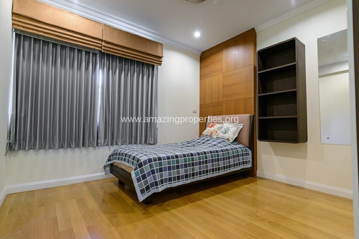 The cadogan 3 Bedroom condo-10