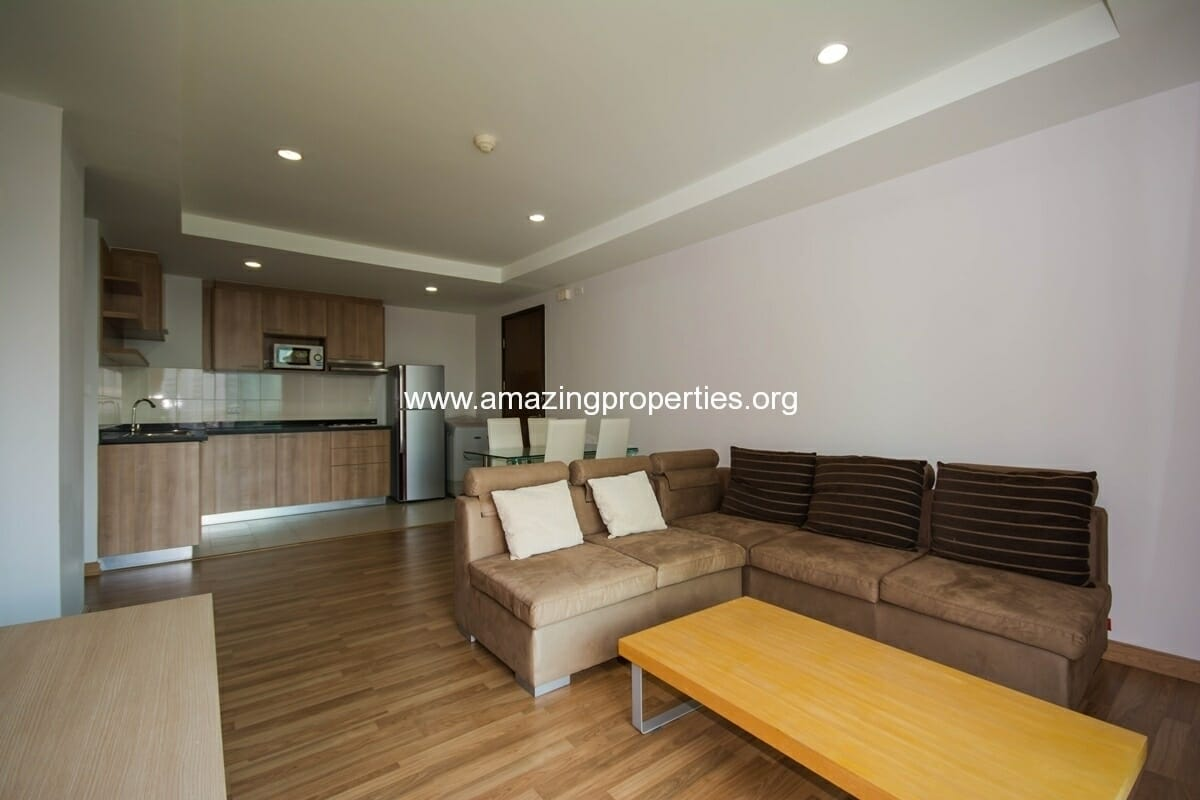 yo-place-2-bedroom-apartment-asoke-1