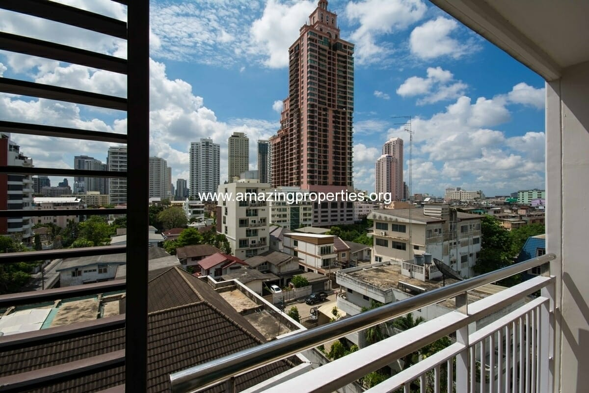 yo-place-2-bedroom-apartment-asoke-11