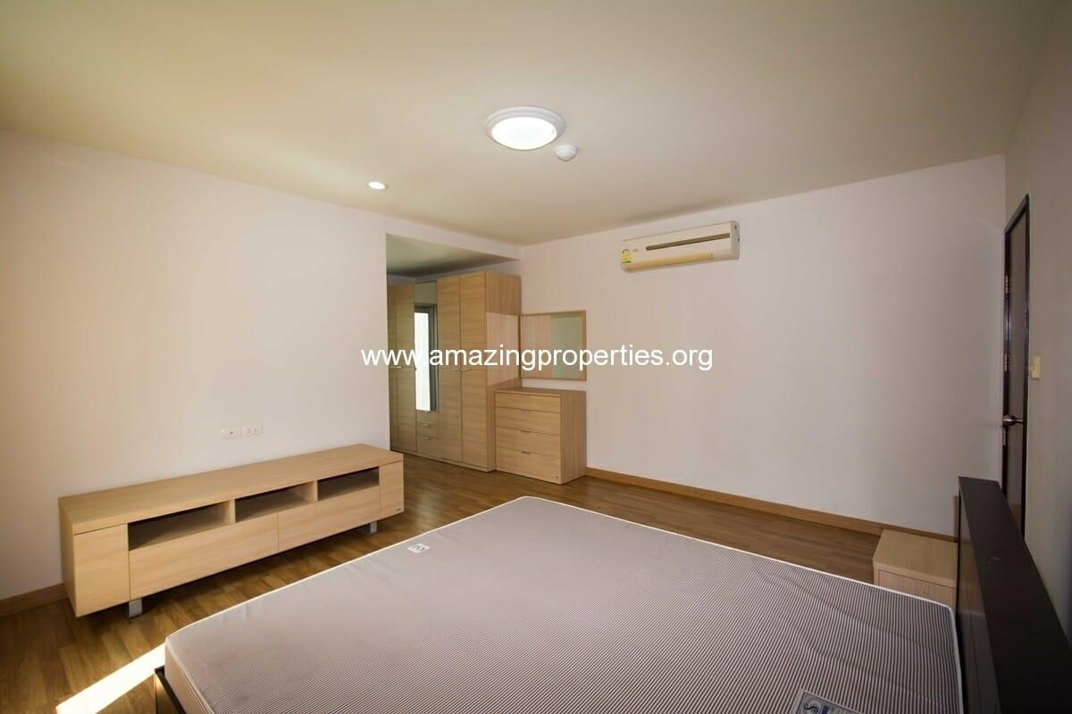 2 bedroom apartment in asoke amazing properties - Two bedroom apartments ...