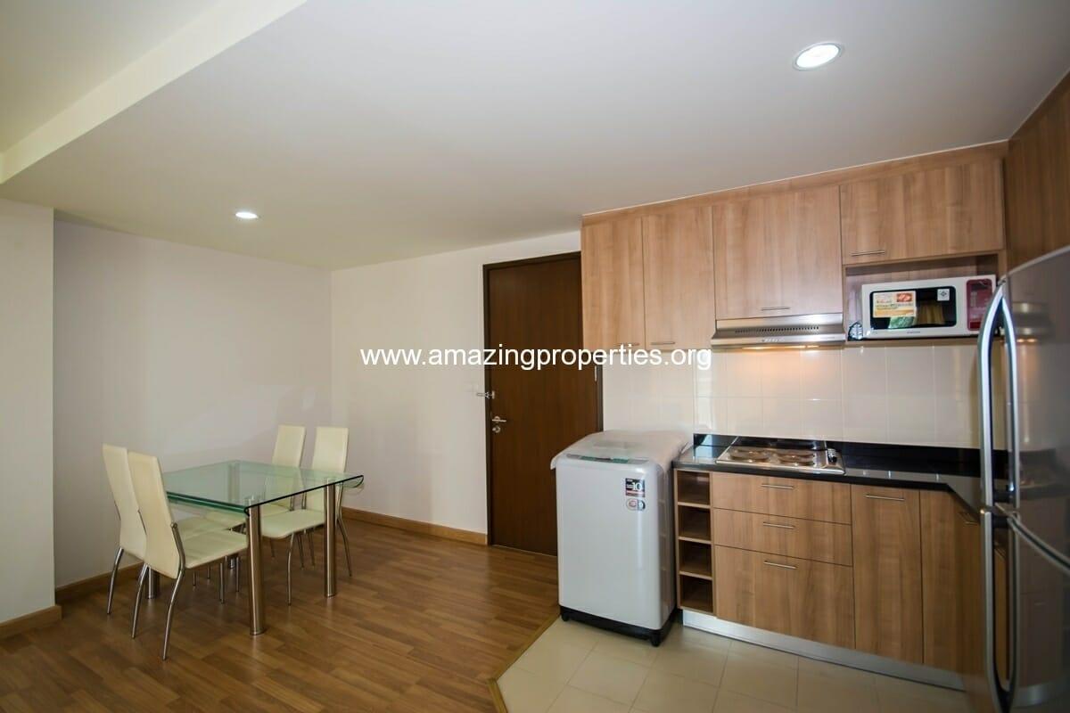 yo-place-3-bedroom-apartment-in-asoke-4