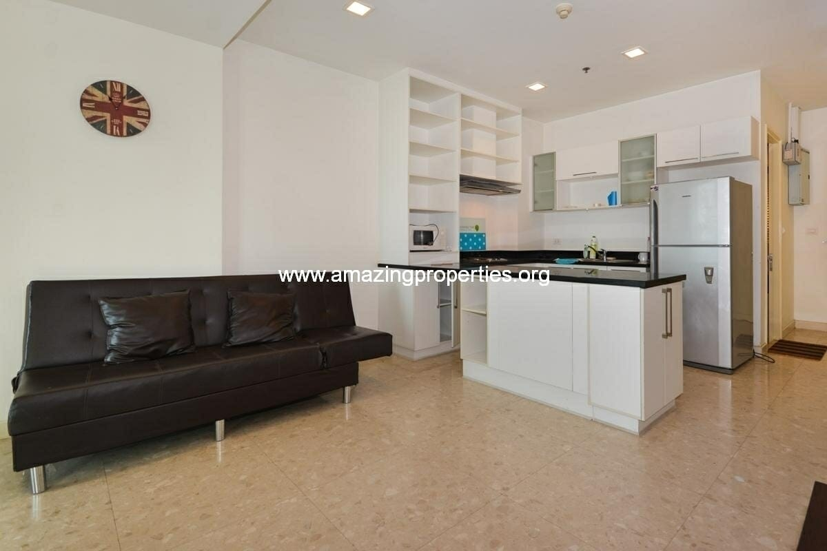 2 bedroom condo in Nusasiri Ekkamai