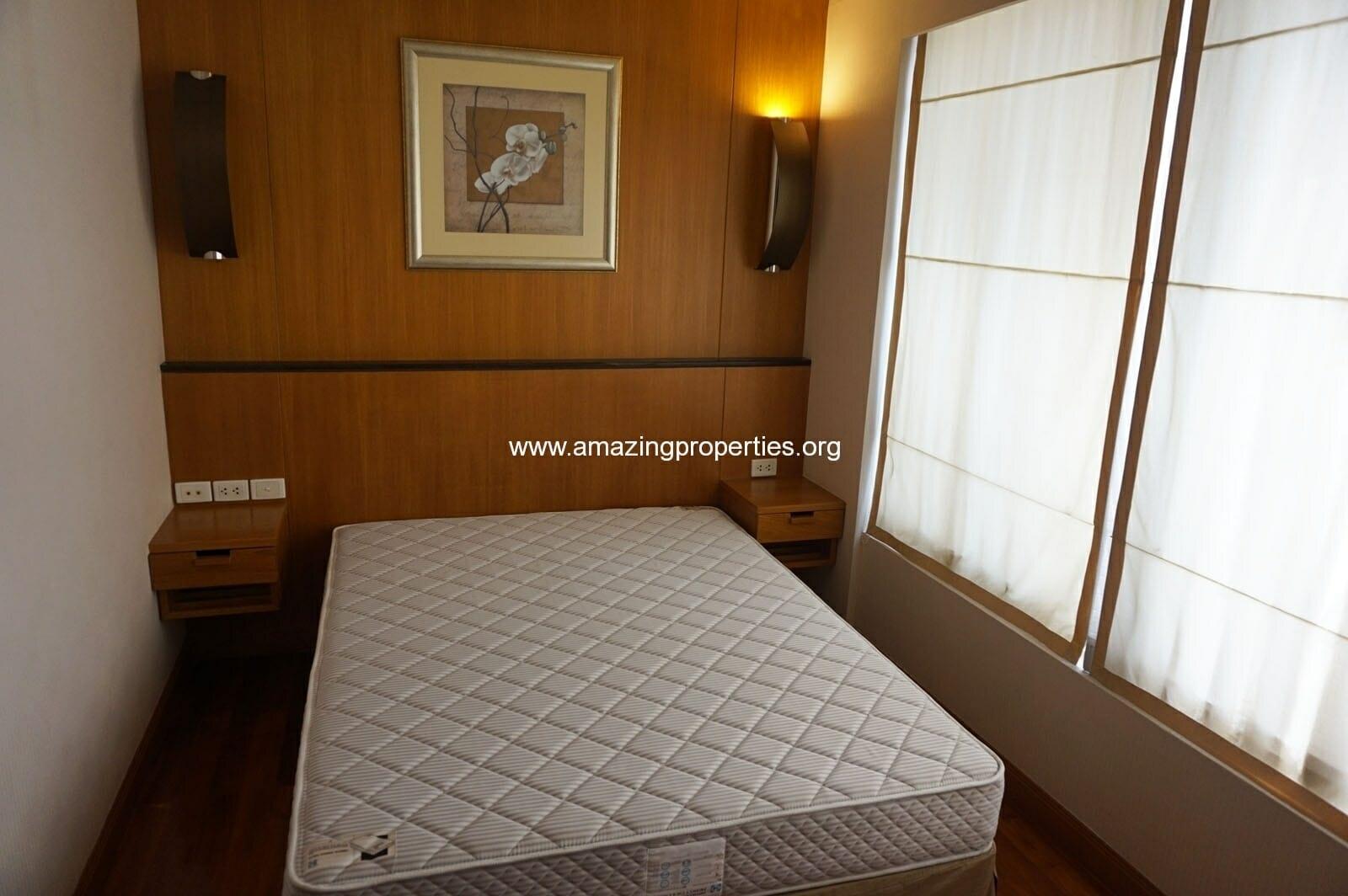 2 bedroom condo Langsuan Ville-12