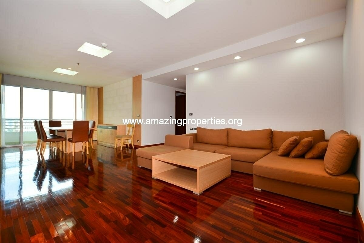 Phrom Phong 3 bedroom Apartment for rent in The Residence 24