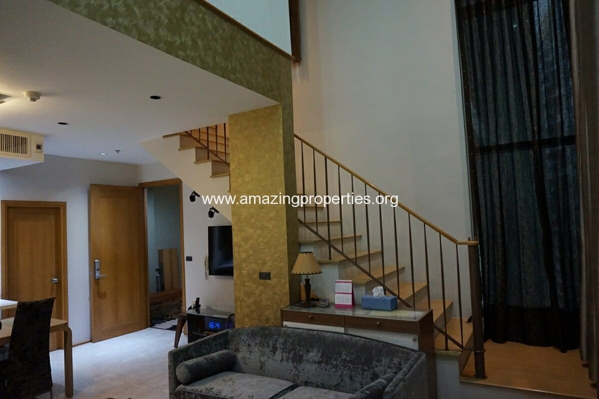 Duplex 1 bedroom Condo in Emporio Place