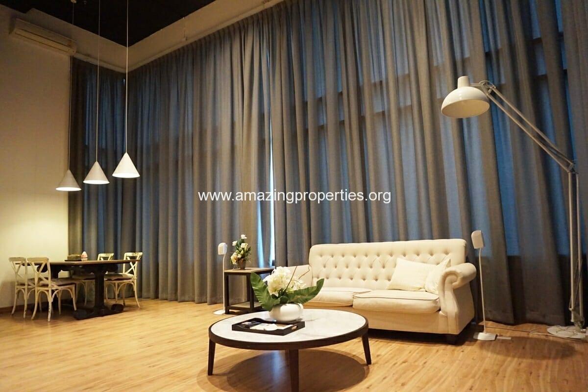 Duplex 2 bedroom Condo in Emporio Place