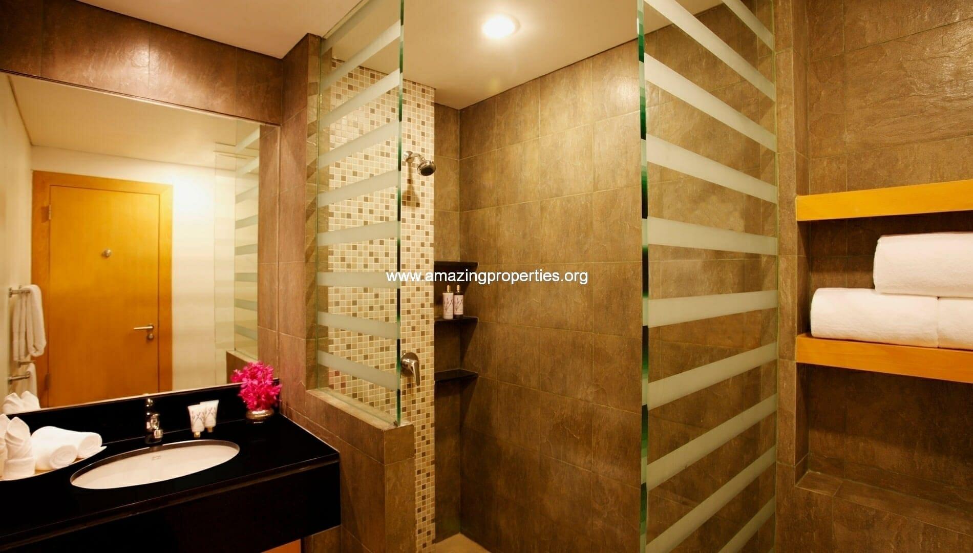 Ekkamai Gardens 3 bedroom bathroom 3