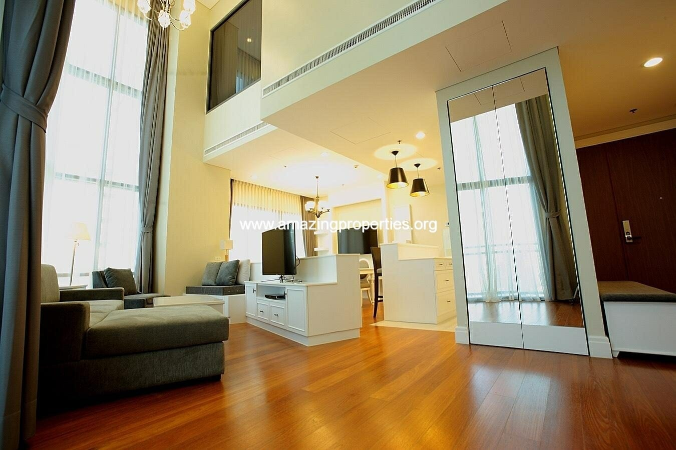 Duplex 3 Bedroom condo at Bright Sukhumvit 24