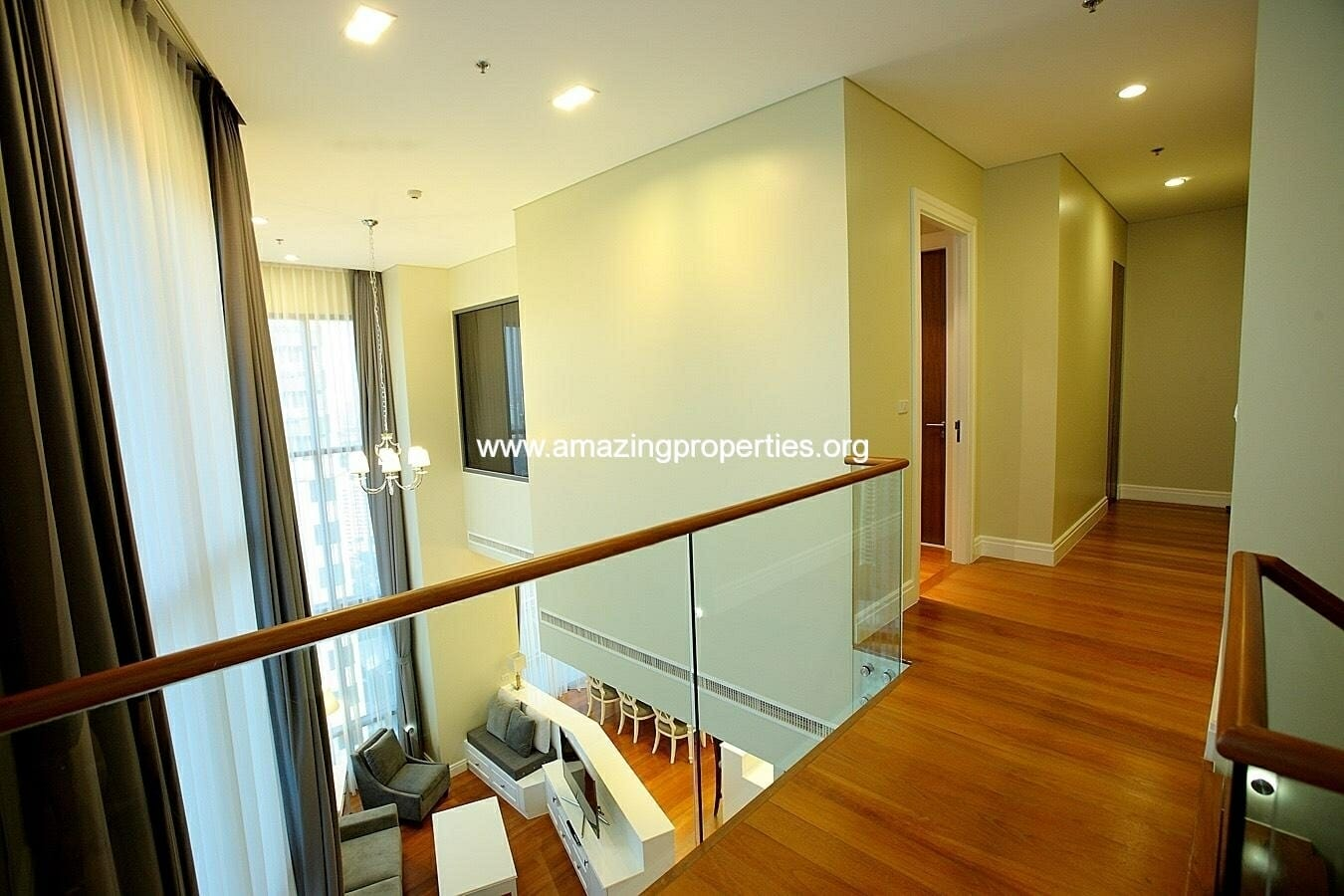 3 bedroom Bright Sukhumvit 24