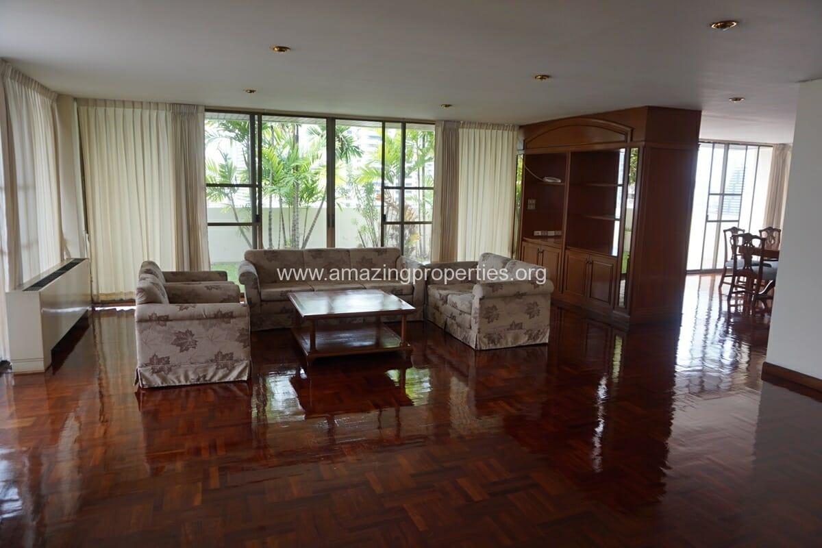 4 Bedroom Apartment Sriratana Mansion-1