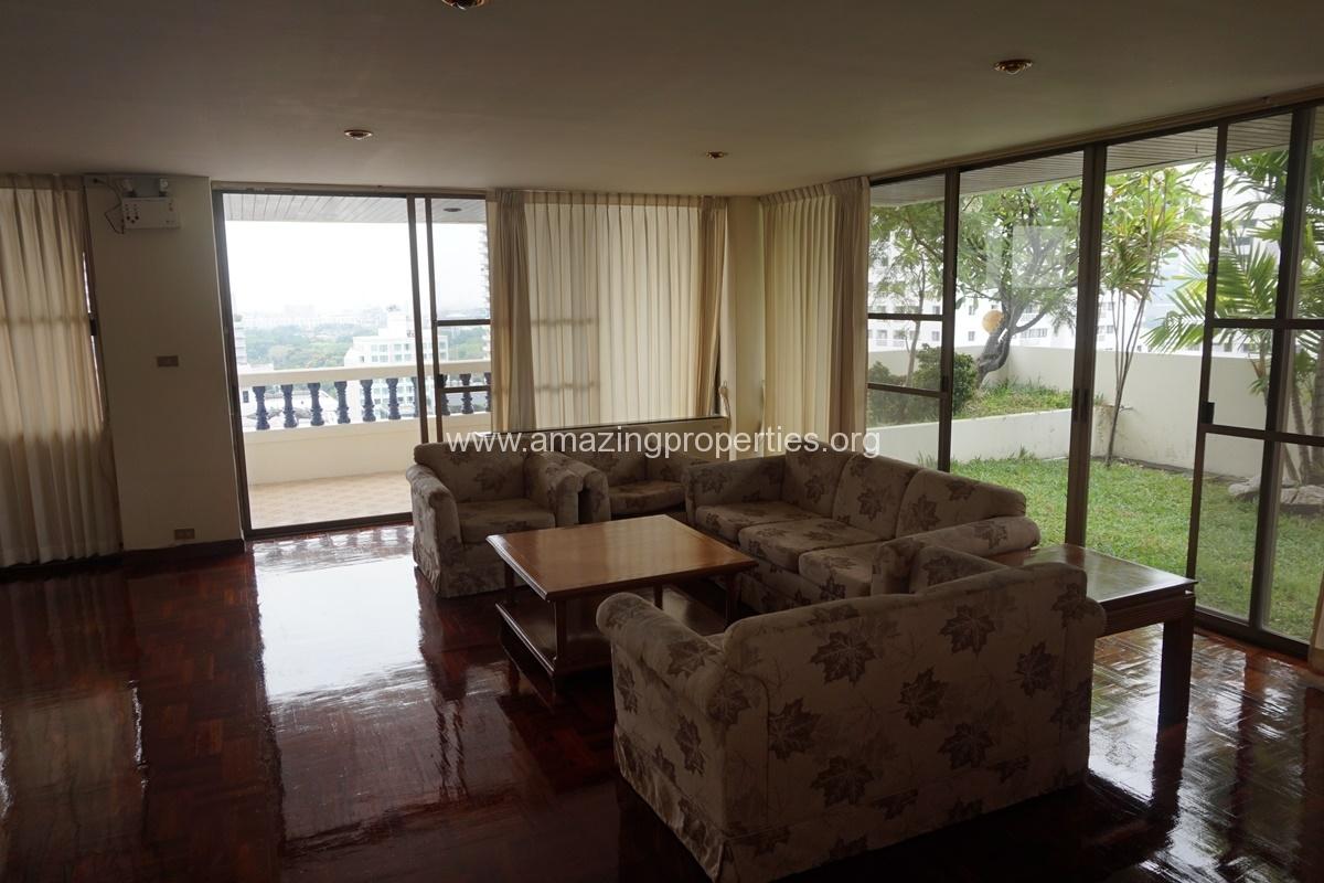 4 Bedroom Apartment Sriratana Mansion-13