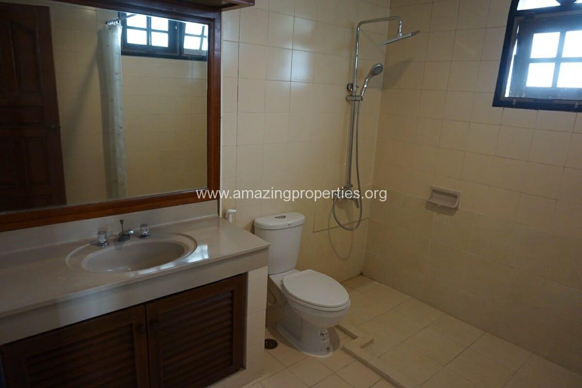 4 Bedroom Apartment Sriratana Mansion-16