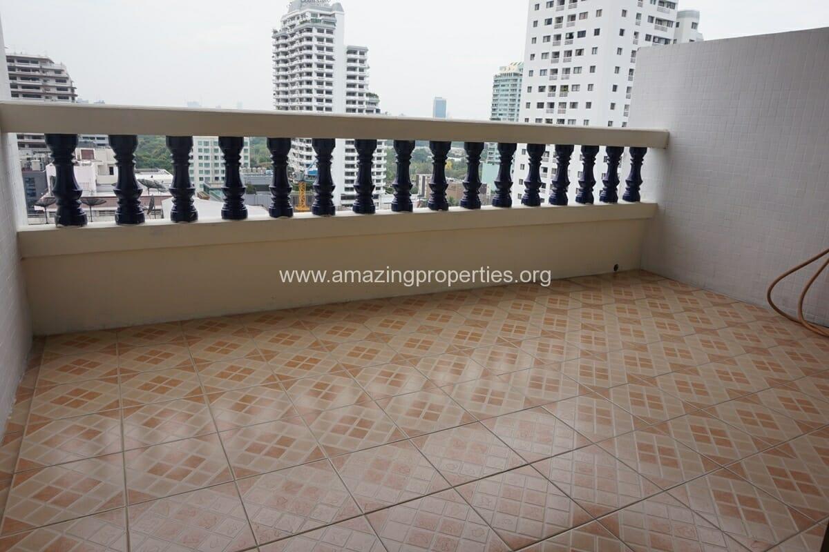4 Bedroom Apartment Sriratana Mansion-2