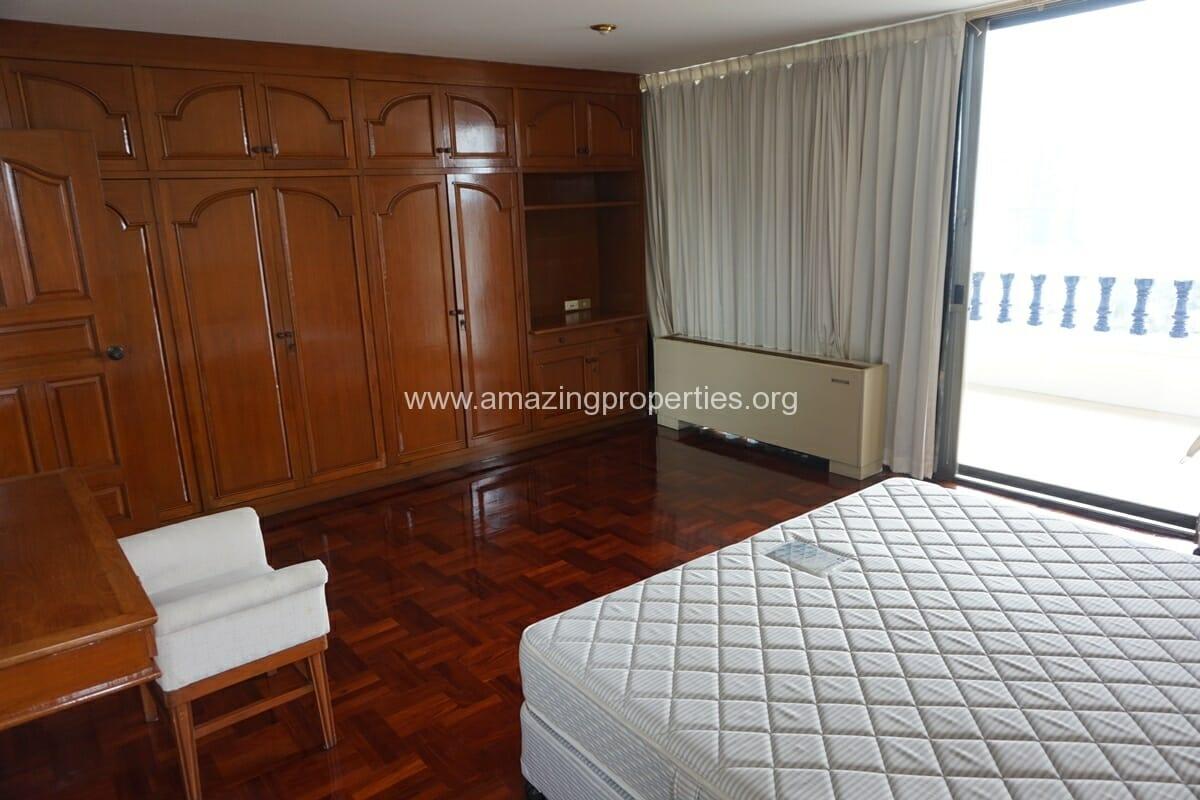 4 Bedroom Apartment Sriratana Mansion-21