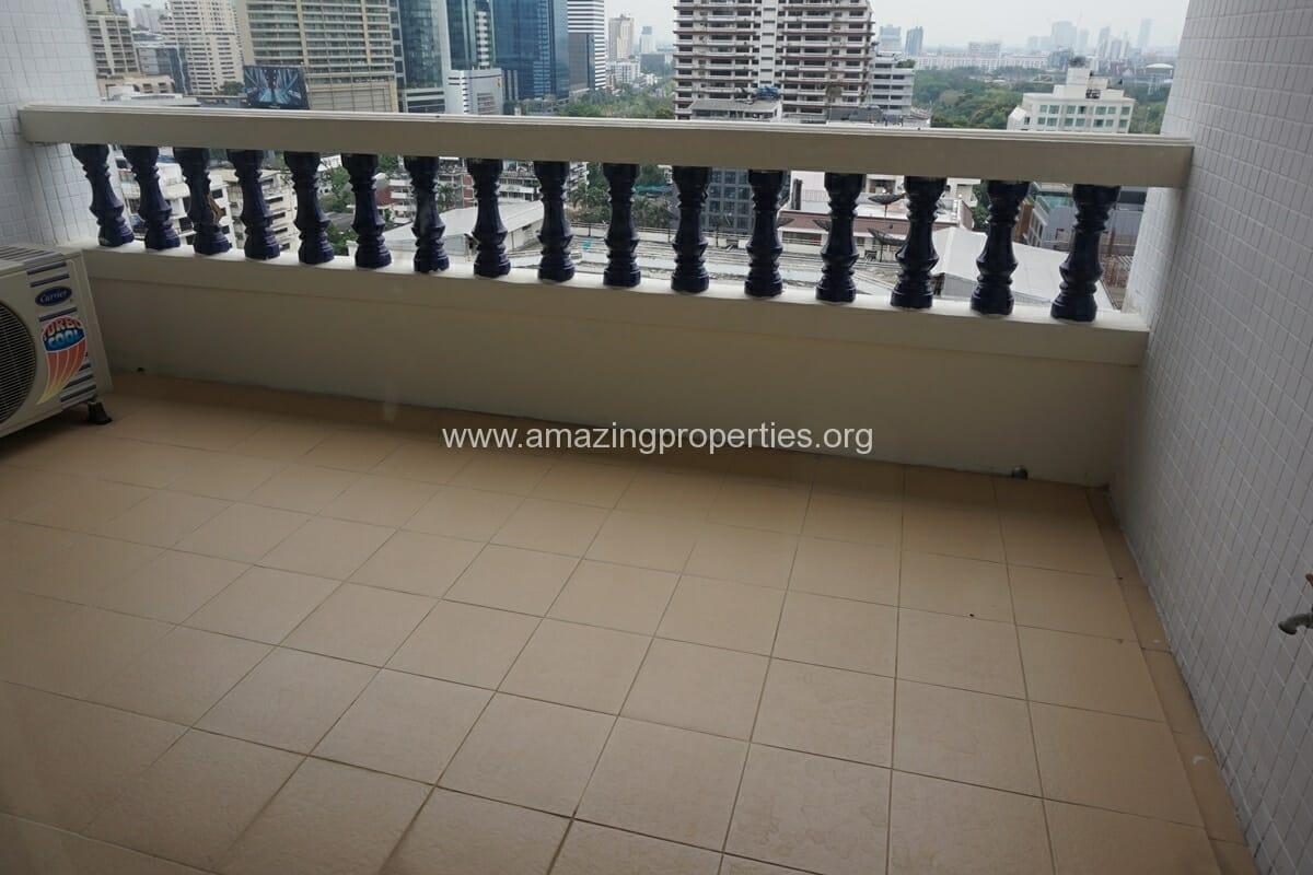 4 Bedroom Apartment Sriratana Mansion-23