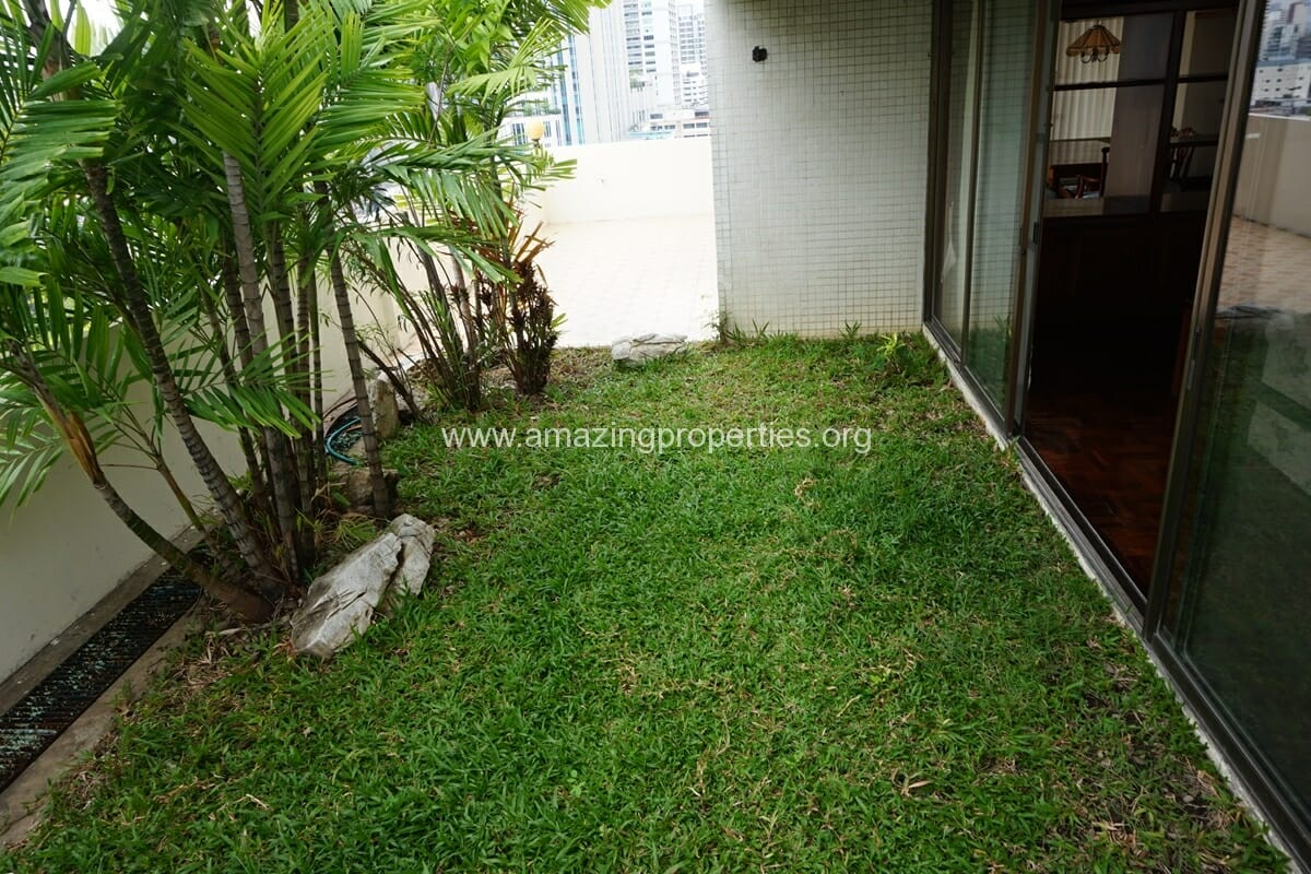 4 Bedroom Apartment Sriratana Mansion-26