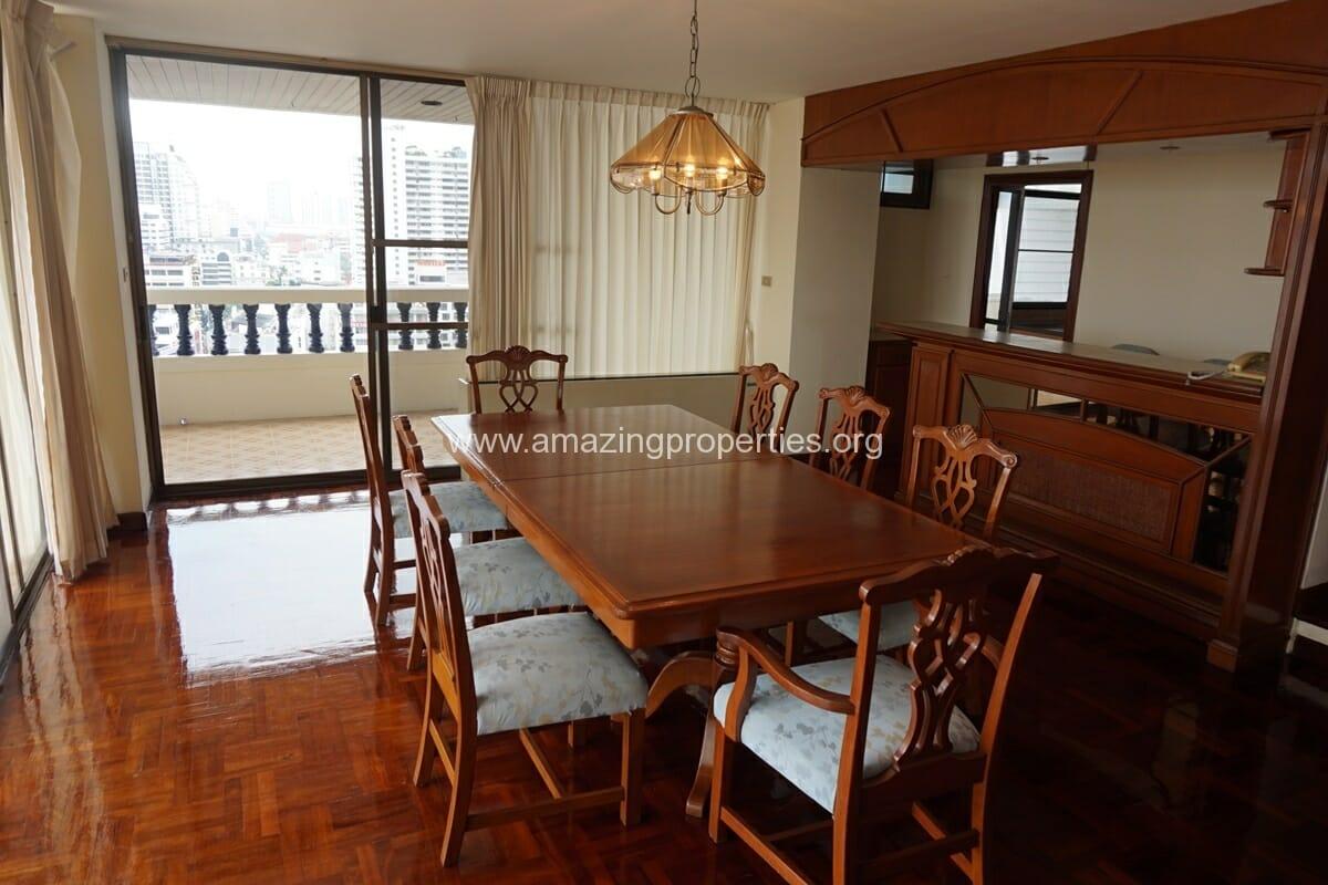 4 Bedroom Apartment Sriratana Mansion-5